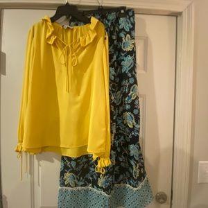 Blouse, pretty yellow!